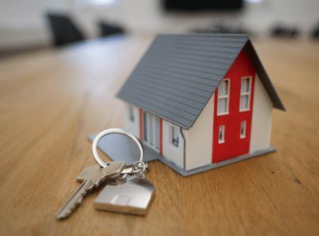 small house keyring